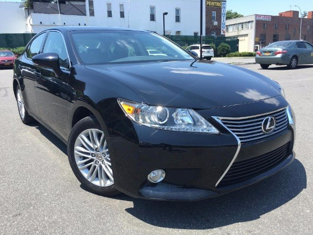 selling my 2013 lexus es 350 base neatly used 2013 lexus es350 cars for sale. Black Bedroom Furniture Sets. Home Design Ideas