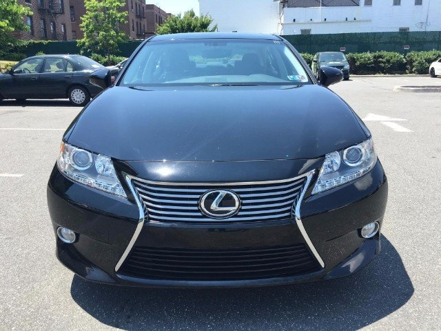 selling my 2013 lexus es 350 base neatly used 2013 lexus es350 cyprus cars for sale. Black Bedroom Furniture Sets. Home Design Ideas