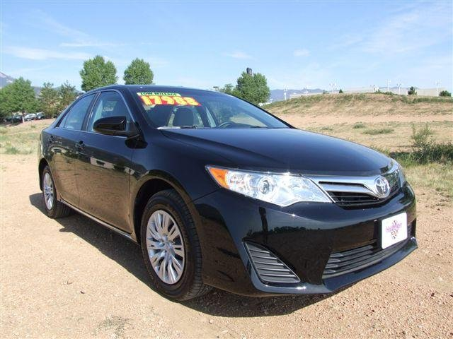 urgent 2012 toyota camry le for sale 6000 2012 toyota camry hungary cars for sale. Black Bedroom Furniture Sets. Home Design Ideas